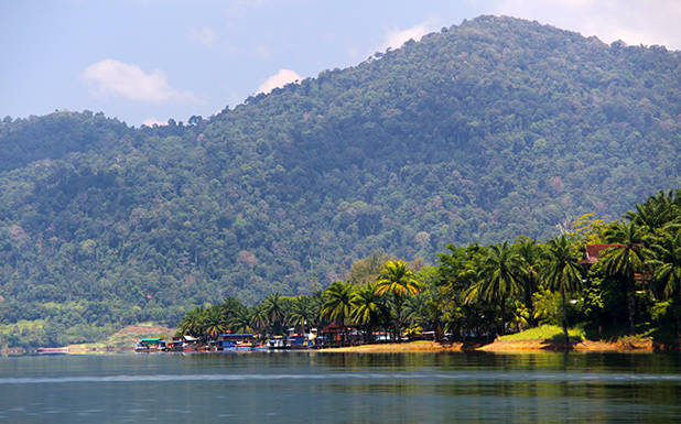 Lake Kenyir 5