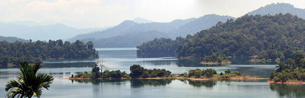 Lake Kenyir panorama 1